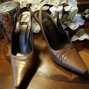 Stuart Weitzman slingback heel